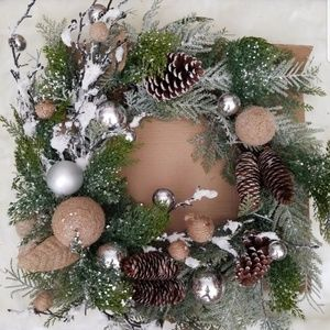 "Woodland 26"" Wreath"